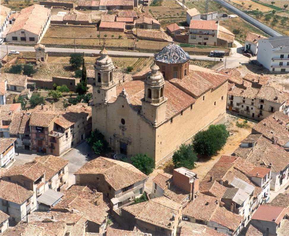 Foto aérea Iglesia Cinctorres (fuente: Conselleria de Cultura)